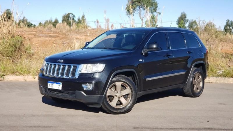 grand cherokee 3.6 laredo 4x4 v6 24v gasolina 4p automatico 2012 caxias do sul