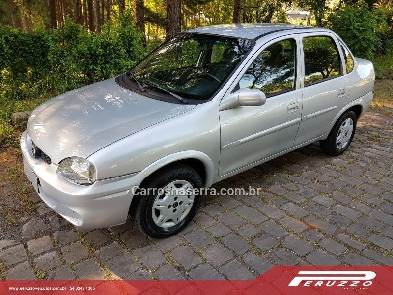 corsa 1.0 mpfi milenium sedan 8v gasolina 4p manual 2002 nova prata