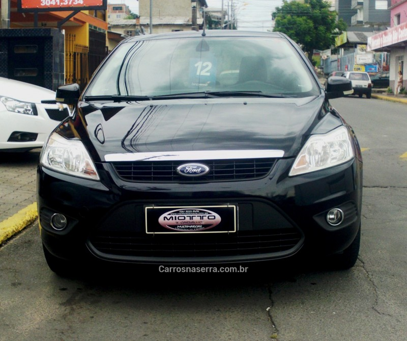 focus 2.0 sedan 16v gasolina 4p manual 2012 caxias do sul