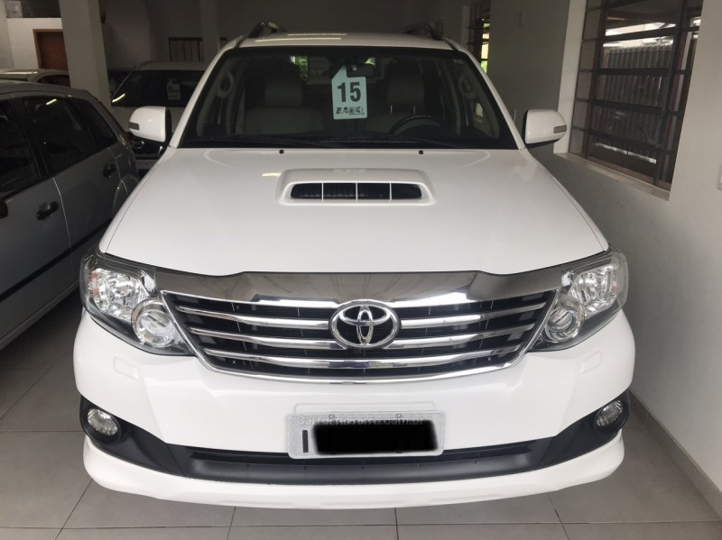 hilux sw4 3.0 srv 4x4 7 lugares 16v turbo intercooler diesel 4p automatico 2015 carlos barbosa