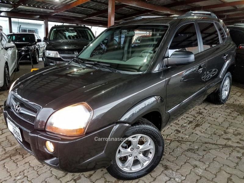 tucson 2.0 gl 2wd 16v gasolina 4p manual 2011 farroupilha