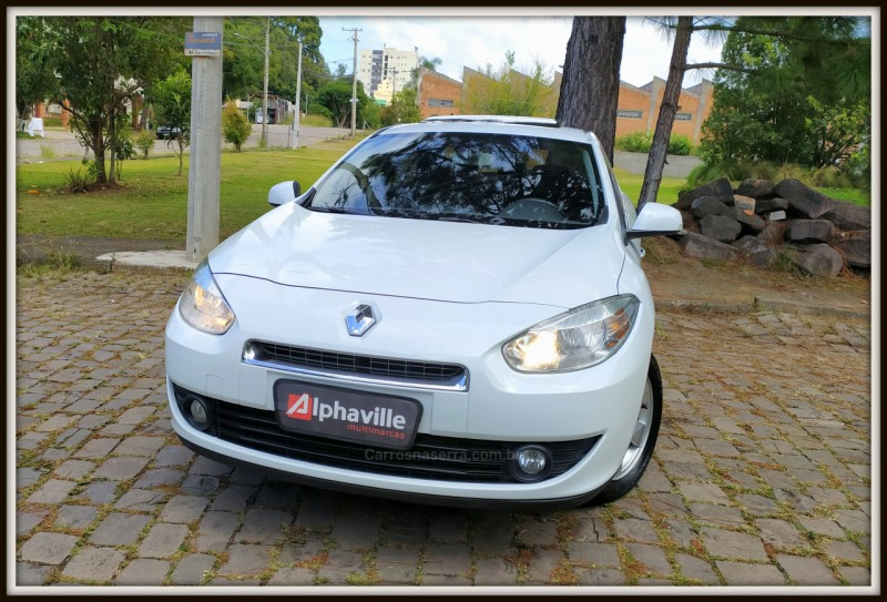 fluence 2.0 dynamique 16v flex 4p automatico 2014 caxias do sul