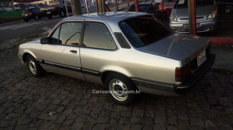 chevette 1.6 dl 8v gasolina 2p manual 1993 caxias do sul