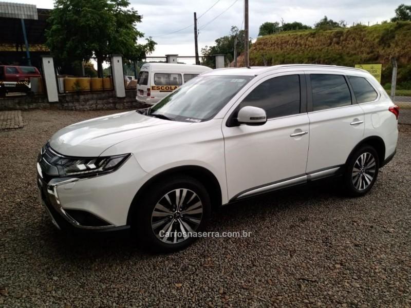 outlander 2.2 4x4 16v diesel 4p automatico 2019 sao sebastiao do cai