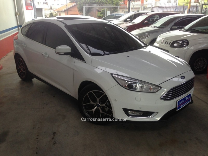 focus 2.0 titanium plus fastback 16v flex 4p powershift 2016 caxias do sul