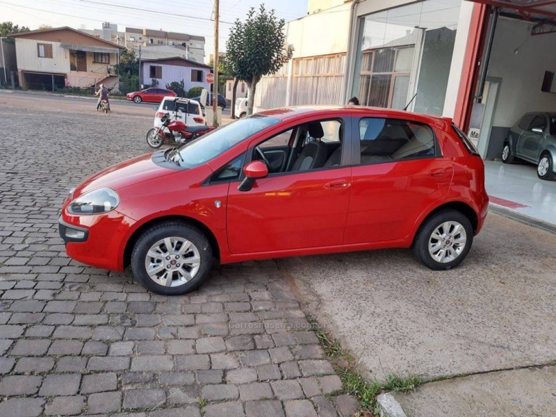 punto 1.4 attractive italia 8v flex 4p manual 2016 guapore