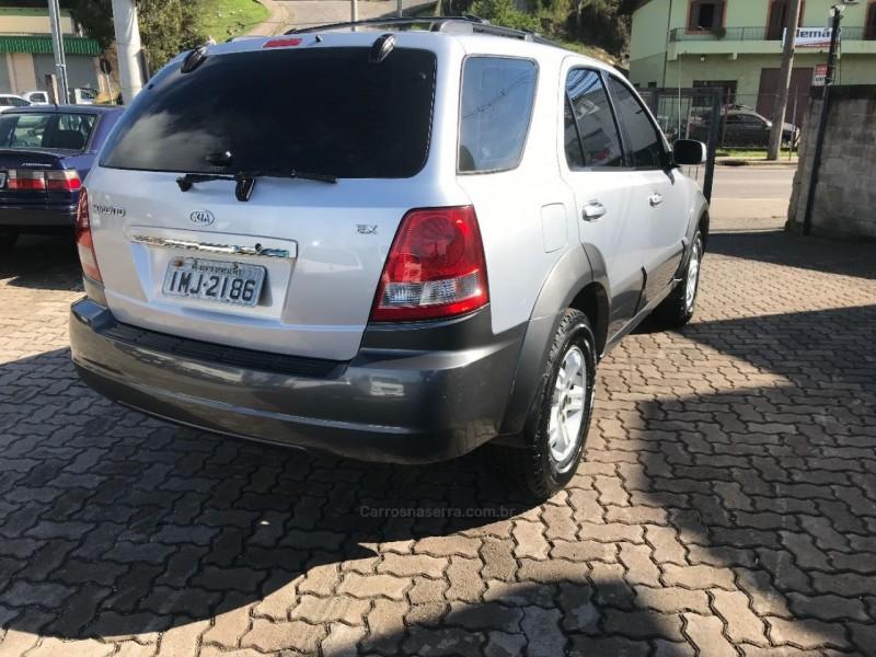SORENTO EX 3.5 L V6 4X4 AUTOMÁTICO - 2005 - CAXIAS DO SUL