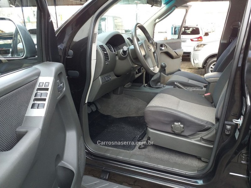 FRONTIER 2.5 SV ATTACK 4X4 CD TURBO ELETRONIC DIESEL 4P MANUAL - 2015 - CAXIAS DO SUL