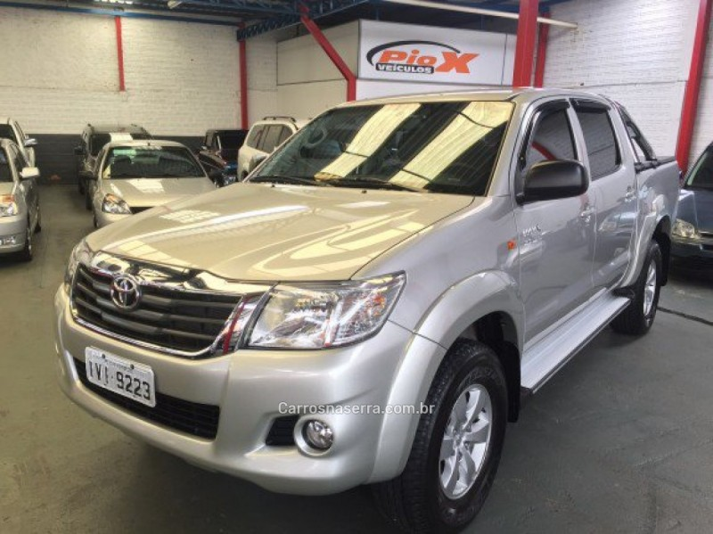 hilux 2.7 sr 4x2 cd 16v flex 4p automatico 2014 caxias do sul