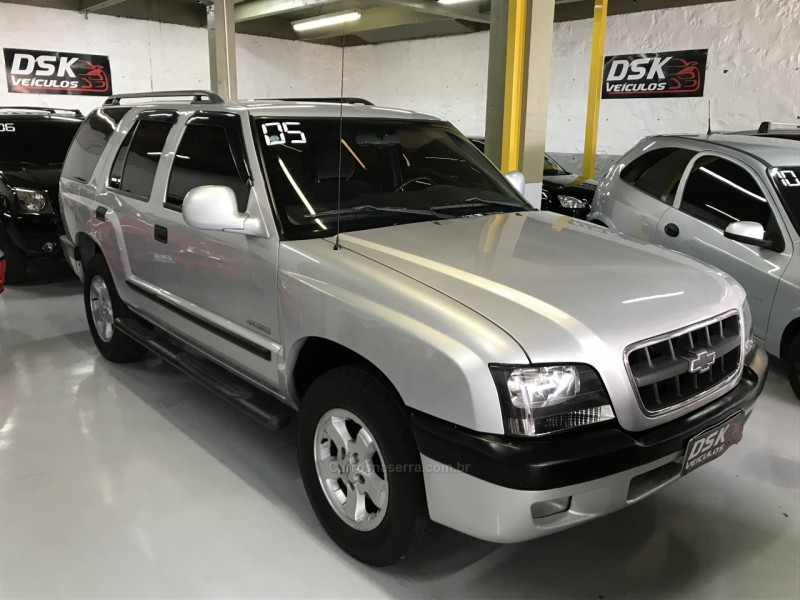 blazer 2.4 mpfi advantage 4x2 8v gasolina 4p manual 2005 caxias do sul