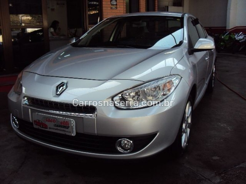 fluence 2.0 privilege 16v flex 4p automatico 2014 caxias do sul