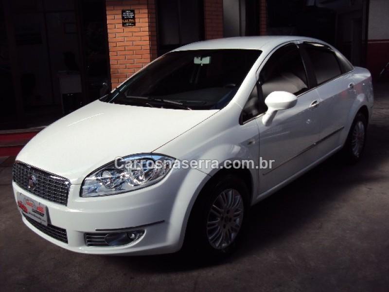 linea 1.8 essence 16v flex 4p manual 2013 caxias do sul