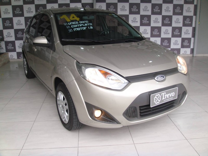 fiesta 1.6 rocam se sedan 8v flex 4p manual 2014 taquara