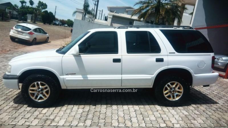 BLAZER 4.3 SFI DLX EXECUTIVE 4X2 V6 12V GASOLINA 4P AUTOMÁTICO - 2000 - GUAPORé