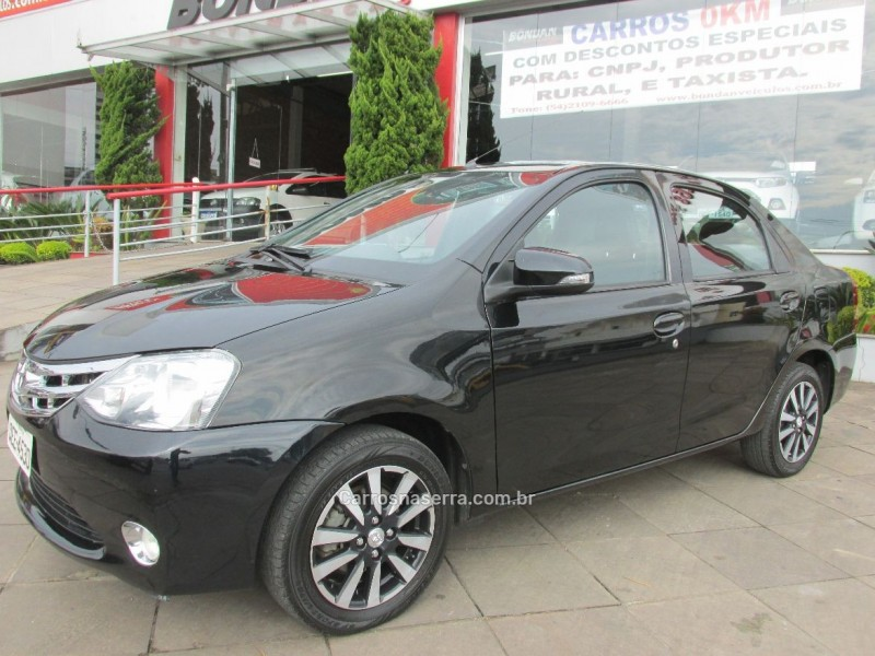 etios 1.5 platinum sedan 16v flex 4p manual 2016 farroupilha