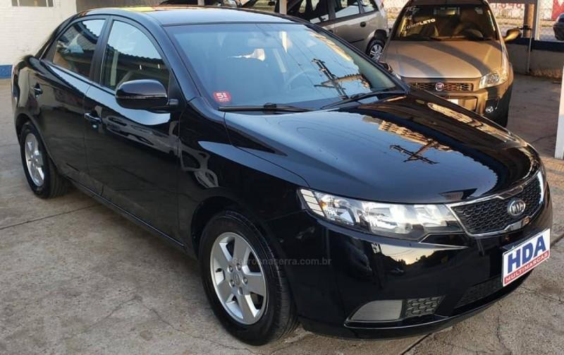 cerato 1.6 ex3 sedan 16v gasolina 4p manual 2013 caxias do sul