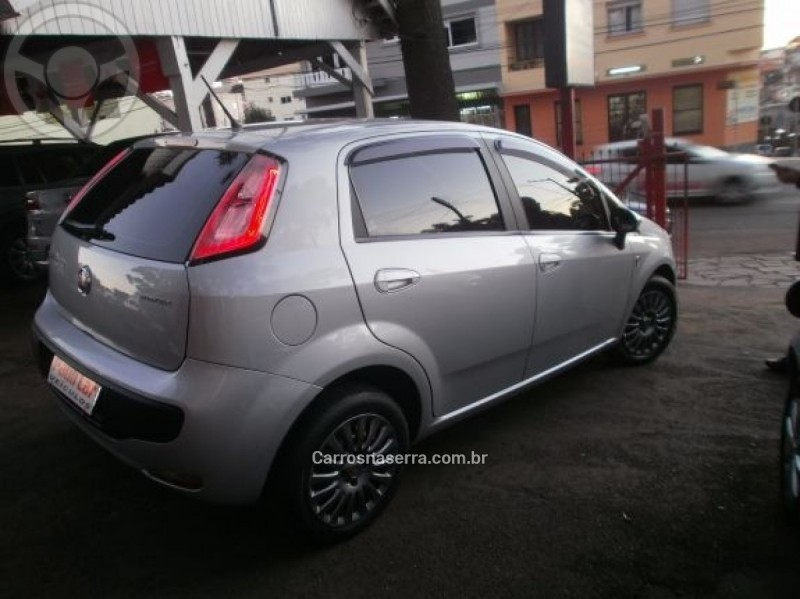 PUNTO 1.4 ATTRACTIVE ITALIA 8V FLEX 4P MANUAL - 2013 - CAXIAS DO SUL