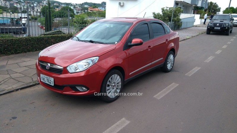 grand siena 1.6 mpi essence 16v flex 4p manual 2015 nova prata