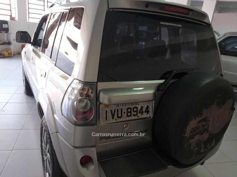 PAJERO TR4 2.0 4X2 16V 140CV FLEX 4P AUTOMÁTICO - 2015 - CAXIAS DO SUL
