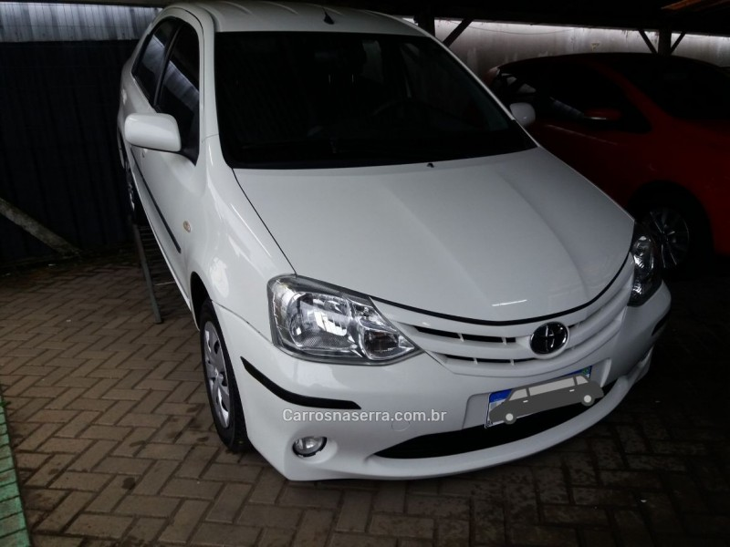 etios 1.5 xs sedan 16v flex 4p manual 2013 garibaldi