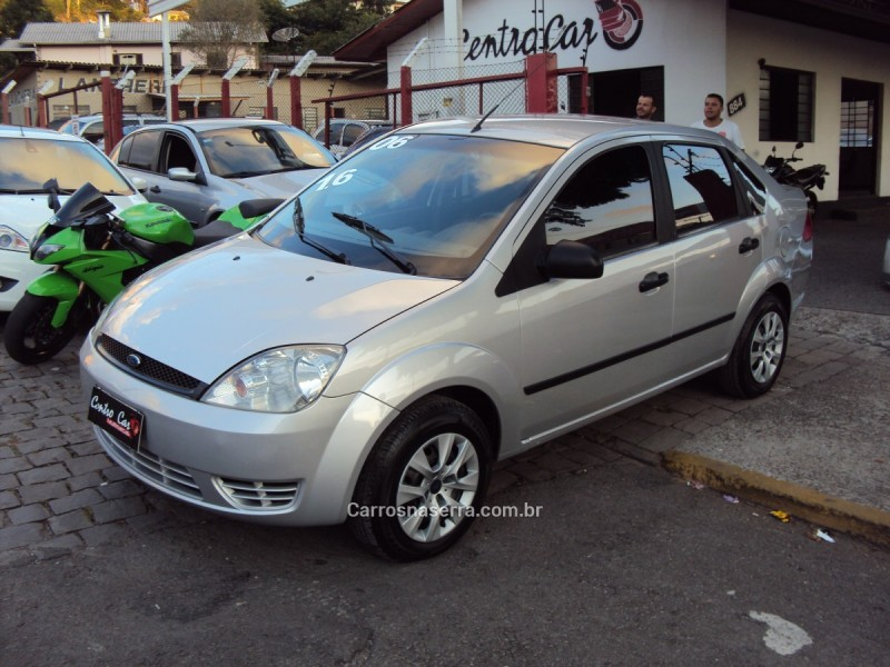 fiesta 1.6 rocam sedan 8v flex 4p manual 2006 caxias do sul