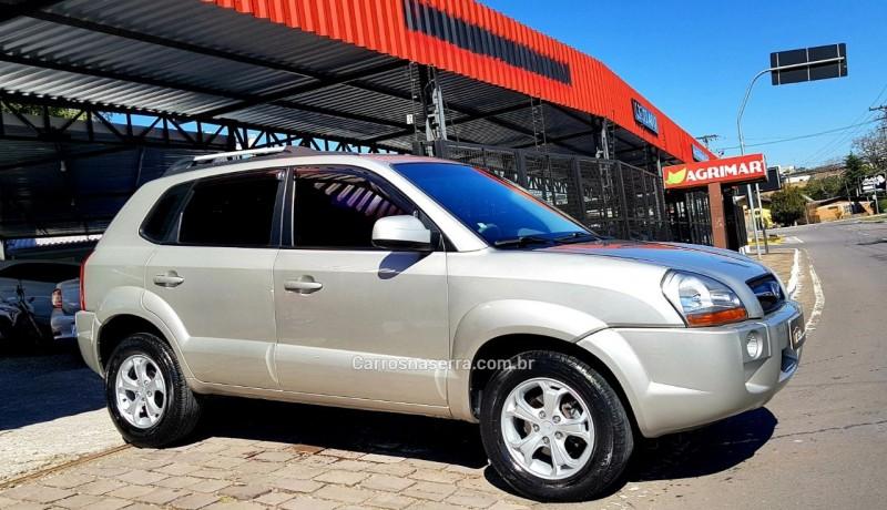 tucson 2.0 gl 2wd 16v gasolina 4p manual 2010 caxias do sul