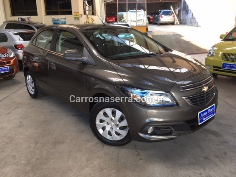 ONIX 1.4 MPFI LT 8V FLEX 4P MANUAL - 2015 - CAXIAS DO SUL