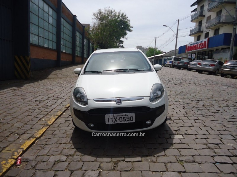 punto 1.4 attractive italia 8v flex 4p manual 2013 flores da cunha