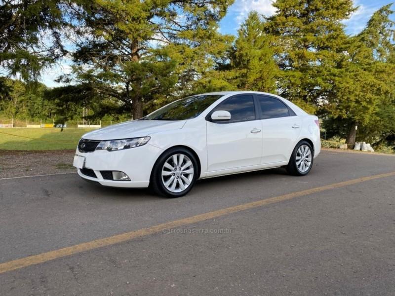 cerato 1.6 sx3 16v gasolina 4p automatico 2011 caxias do sul