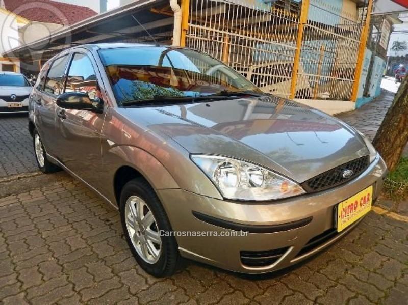 focus 1.6 8v gasolina 4p manual 2004 caxias do sul