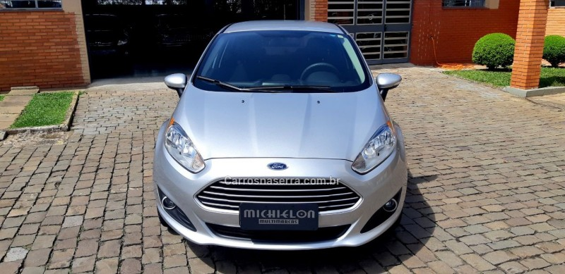 fiesta 1.6 se sedan 16v flex 4p powershift 2015 caxias do sul