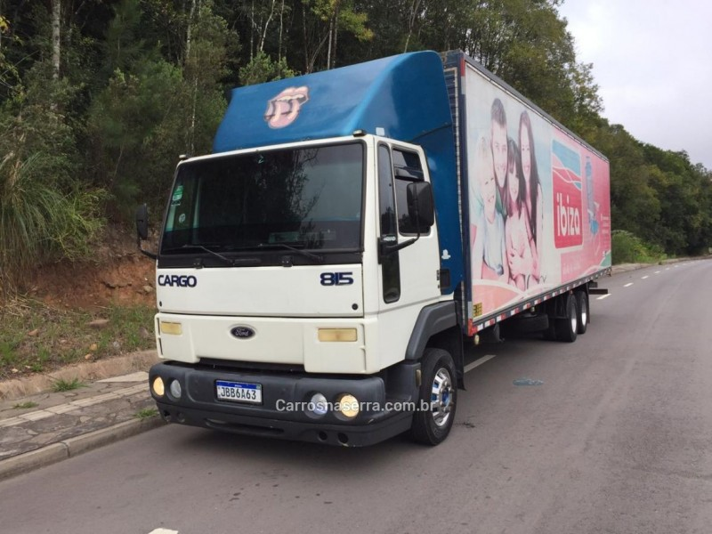 cargo 815 e turbo 2002 caxias do sul