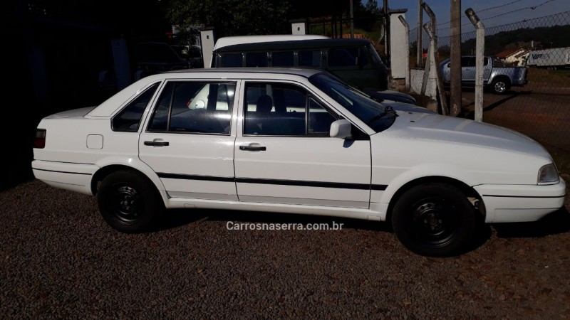santana 1.8 mi 8v gasolina 4p manual 1997 sao sebastiao do cai