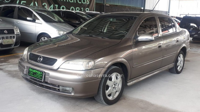 astra 2.0 500 mpfi sedan 16v 4p 2000 caxias do sul