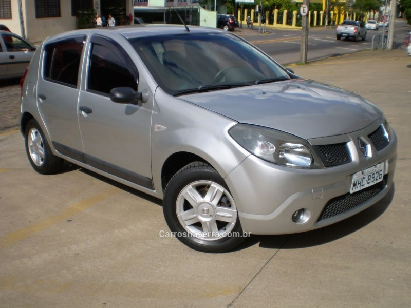 sandero 1.0 authentique 16v flex 4p manual 2010 caxias do sul
