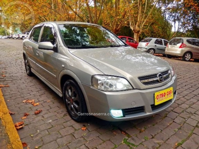 astra 2.0 mpfi 8v gasolina 4p manual 2004 caxias do sul