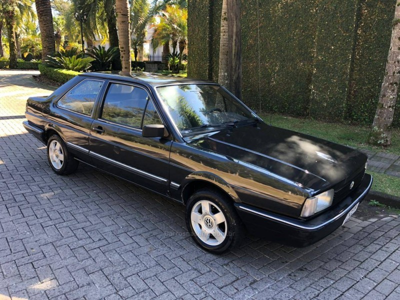 santana 2.0 cl 8v alcool 4p manual 1988 caxias do sul