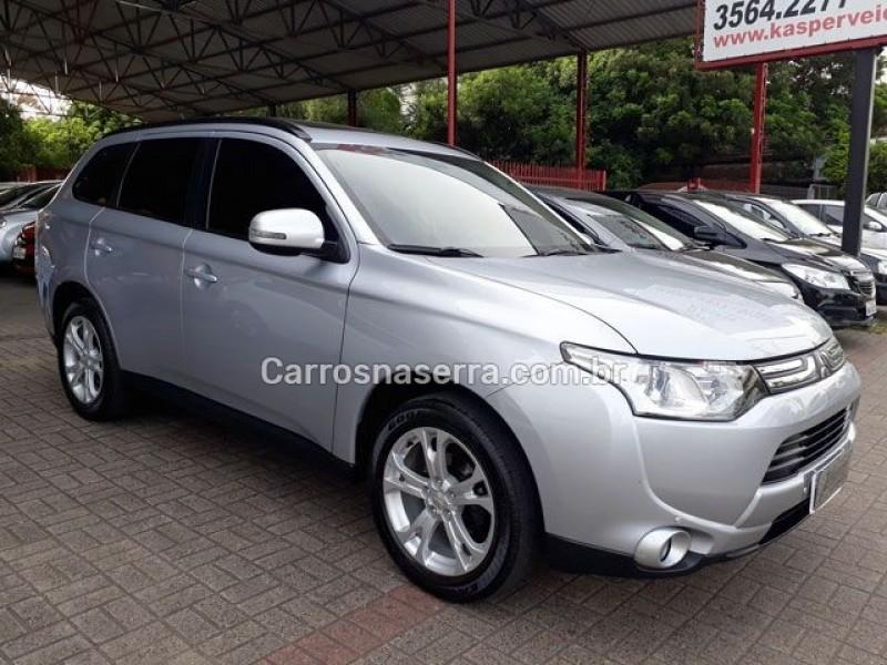 outlander 2.0 16v gasolina 4p automatico 2014 dois irmaos