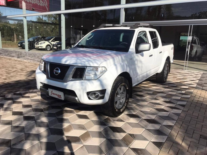 frontier 2.5 s 4x4 cd turbo eletronic diesel 4p manual 2014 bom principio