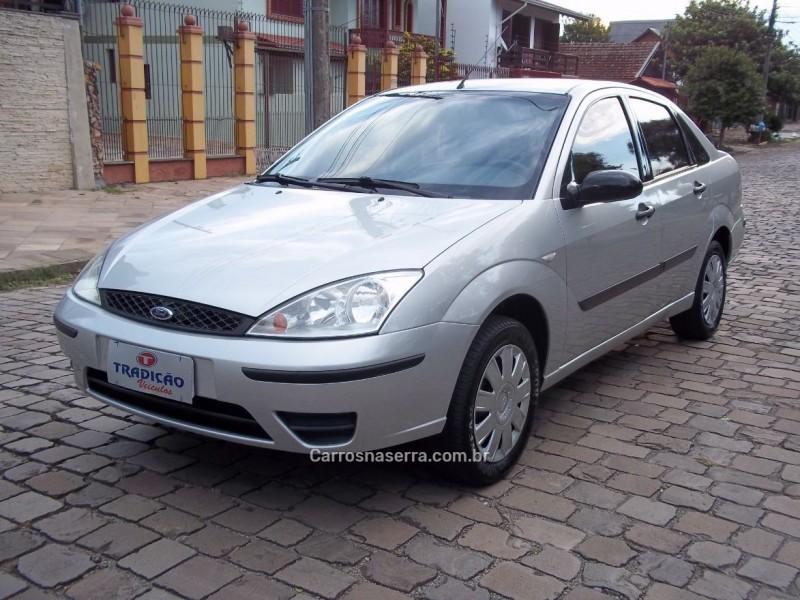 focus 1.6 gl 8v gasolina 4p manual 2006 caxias do sul