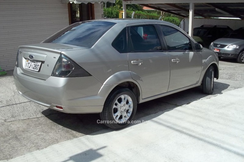 FIESTA 1.6 MPI CLASS SEDAN 8V FLEX 4P MANUAL - 2013 - CARLOS BARBOSA