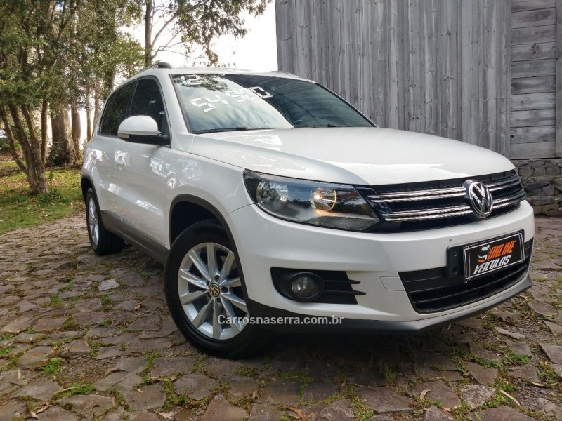 tiguan 2.0 fsi 16v turbo gasolina 4p tiptronic 2012 caxias do sul