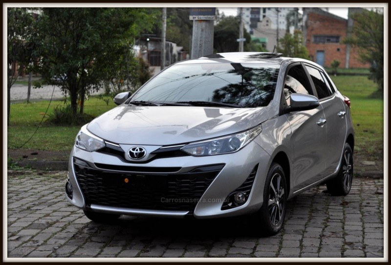 yaris 1.5 xls connect 16v flex 4p automatico 2020 caxias do sul
