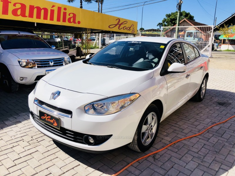 fluence 2.0 dynamique 16v flex 4p manual 2014 canela