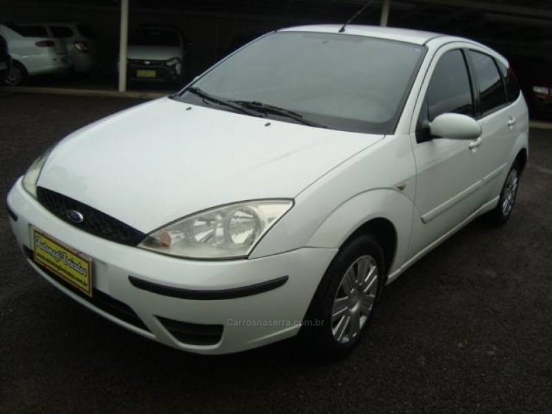 focus 1.6 glx 8v gasolina 4p manual 2004 caxias do sul