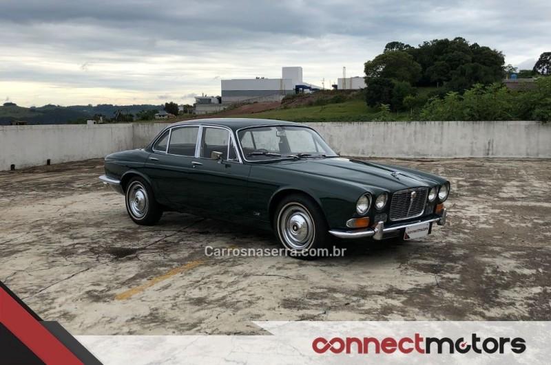 xj6 4.2 12v gasolina 4p automatico 1971 bento goncalves
