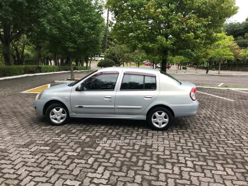 CLIO 1.6 PRIVILÉGE SEDAN 16V FLEX 4P MANUAL - 2009 - CAXIAS DO SUL