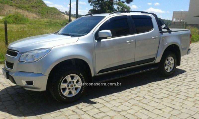 s10 2.8 lt 4x2 cd 16v turbo diesel 4p manual 2013 caxias do sul