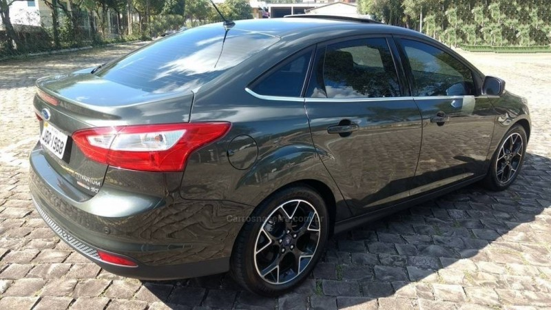 focus 2.0 titanium plus sedan 16v flex 4p powershift 2015 sao marcos