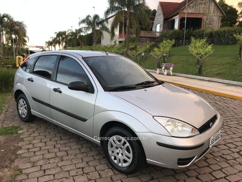 focus 1.6 gl 8v flex 4p manual 2008 caxias do sul